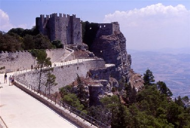 Erice - The castle - Photo by Accursio Castrogiovanni