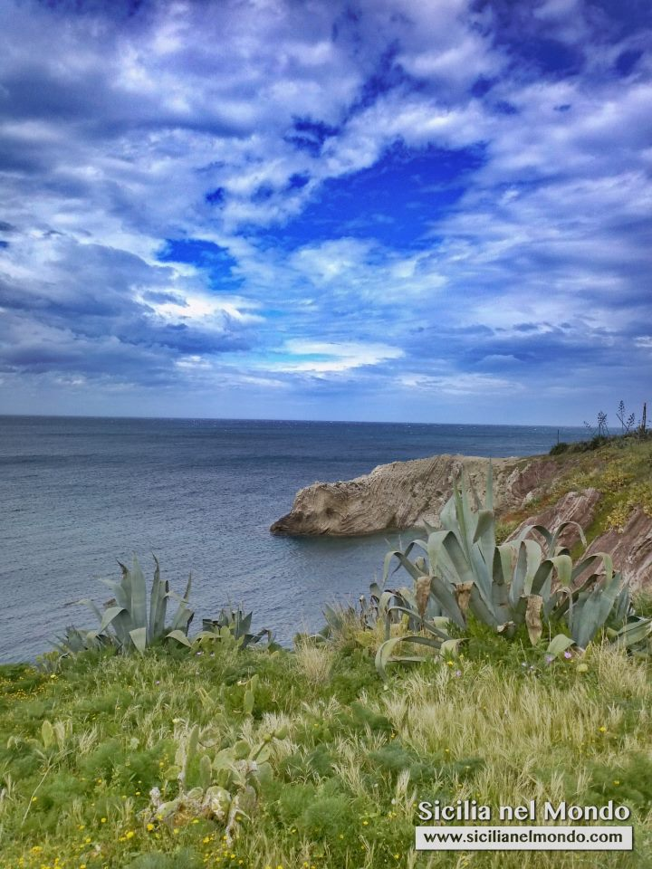 Il mare di Terrasini -  - Dall'archivio fotografico di Sicilia nel Mondo.
